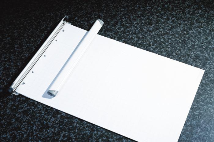 Clema Pentru Flipchart  70 Cm ( Montare Cu Suruburi )  Smit